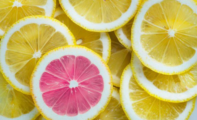 yellow slice fruits, 1 pink slice