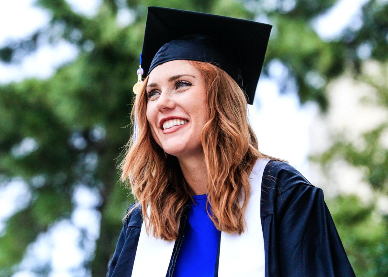graduating student, applying for scholarships